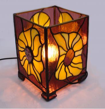 лампа  настольная родонит