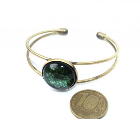 """браслет на руку """"Зеленоглазый"""" из художественного стекла"""