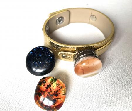 """браслет на руку """"Цвет настроения"""" из художественного стекла"""