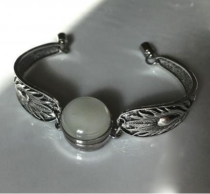 """браслет на руку """"Модная деталь"""" из художественного стекла"""