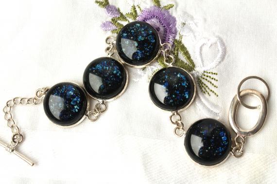 """браслет на руку """"Темно-синий сверкающий"""" из художественного стекла"""
