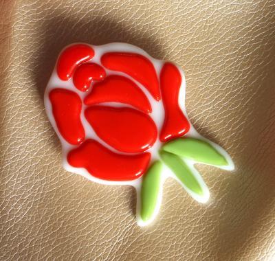 """брошь """"красная роза"""" художественное стекло"""