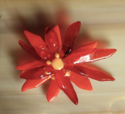 """красная брошь цветок """"алая заря"""""""