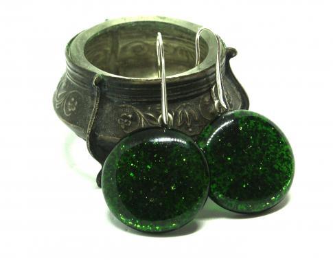изумрудно-зеленые искрящиеся
