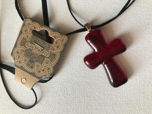"""кулон """"крестик темно-красный"""""""