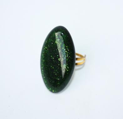 """кольцо """"изумрудно-зеленое мерцающее"""""""