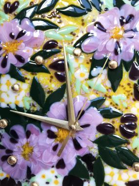 """Настенные часы """"розовые хризантемы"""""""
