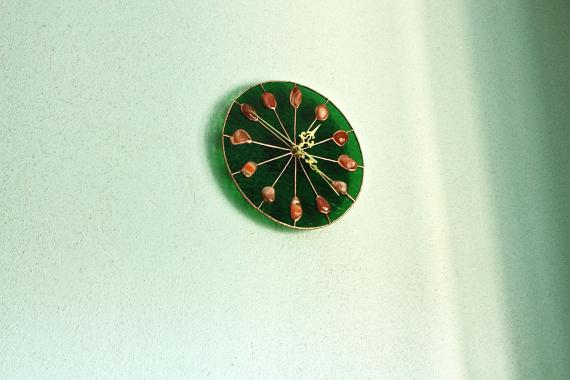 настенные часы с натуральным сердоликом авторская работа