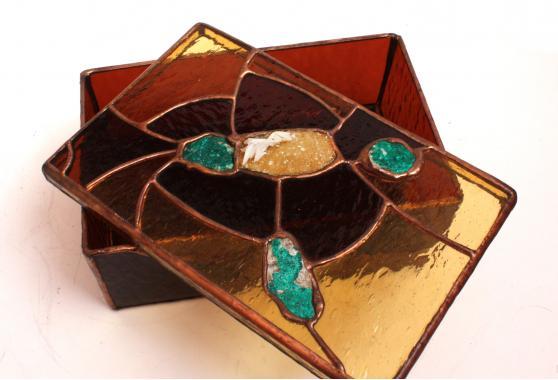 ювелирная шкатулка для хранения земные богатства