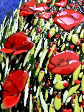 Витражная картина из цветного стекла Маковое поле авторская работа единственный экземпляр