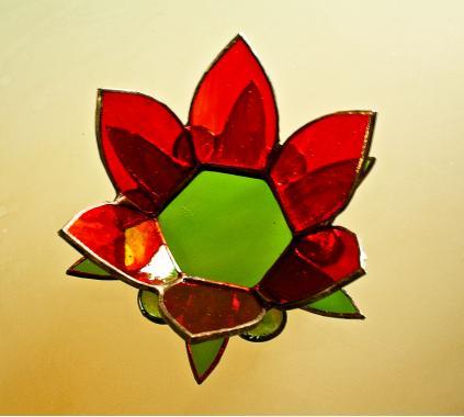 """подсвечник из стекла """"красный цветок"""""""